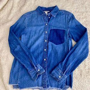 H&M medium blue chambray shirt